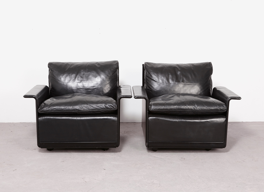 SOLD Dieter Rams Pair of 620 Lounge Chairs Vitsoe 1962