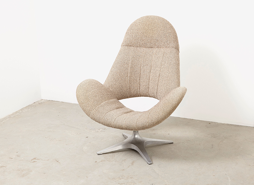 SOLD Rohe Noordwolde Swivel Lounge Chair 1960s