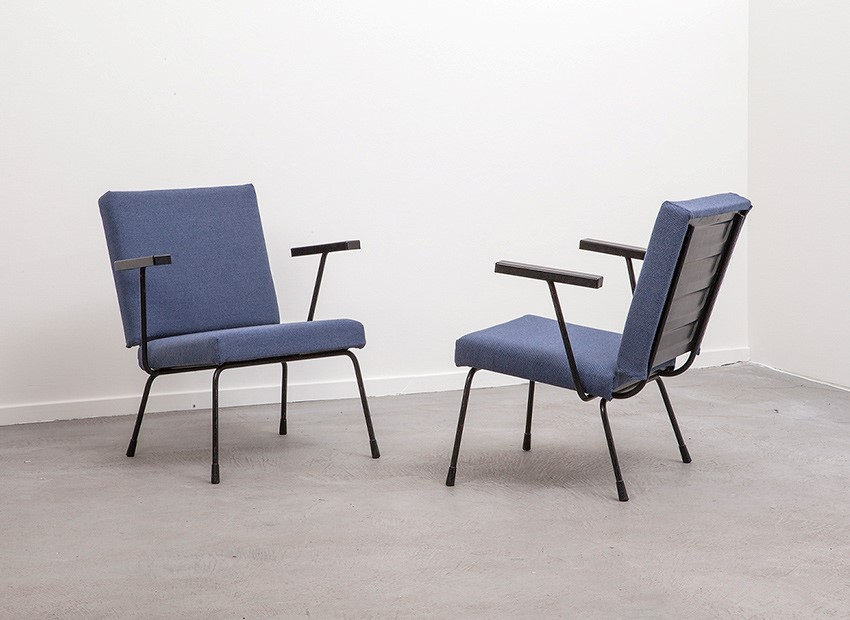SOLD Wim Rietveld 2 X Easy Chairs 1401 Gispen 50s 3